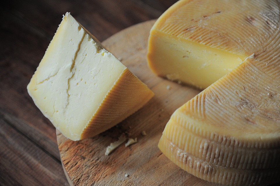 Research suggests cheese may help to control blood sugar levels